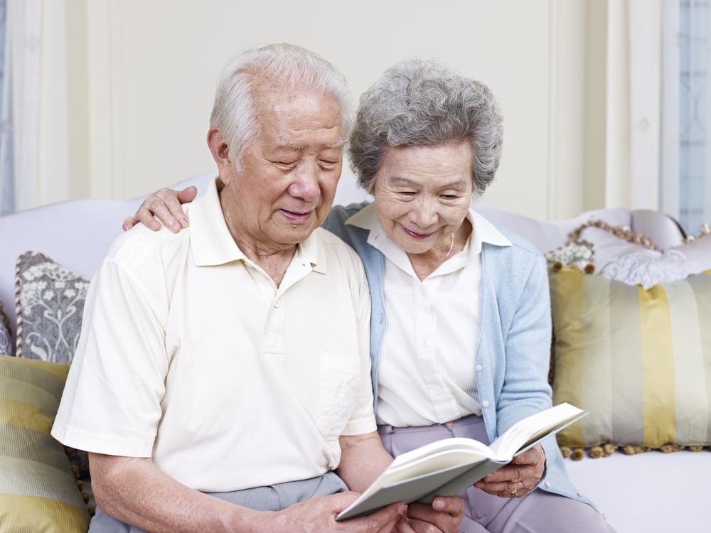 元気なうちから老人ホームに入居するのはあり?選び方や種類・入居まで ...